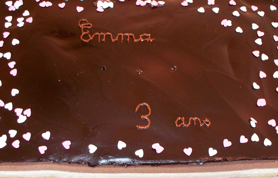 Entremet aux 3 chocolats et son miroir au chocolat noir