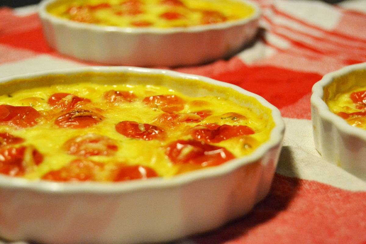 Clafoutis aux tomates cerises et basilic