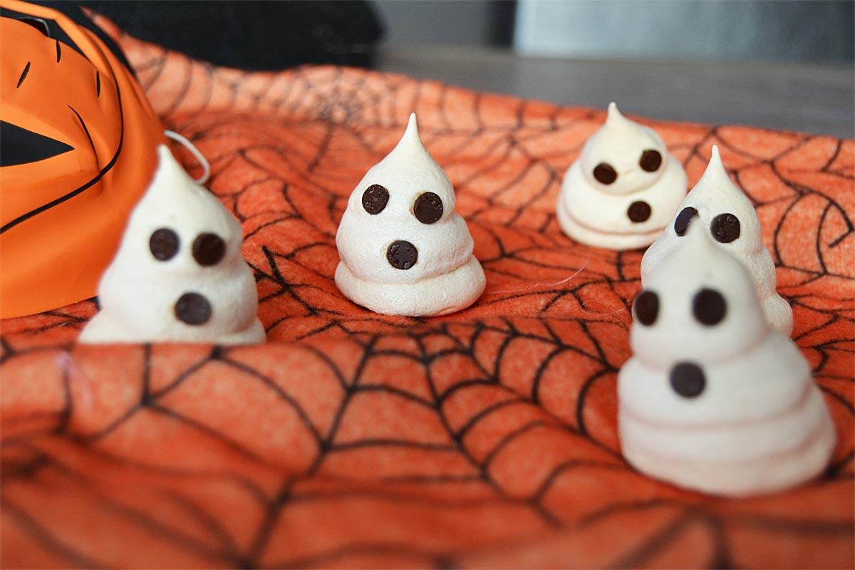 Meringues-fantômes pour Halloween