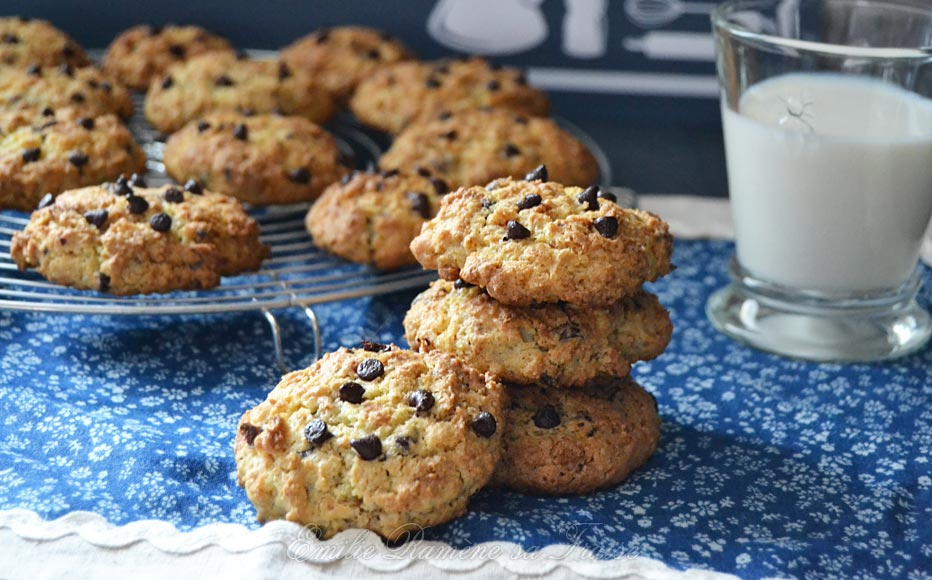 Irrésistibles cookies aux noisettes, chocolat et crêpes dentelles