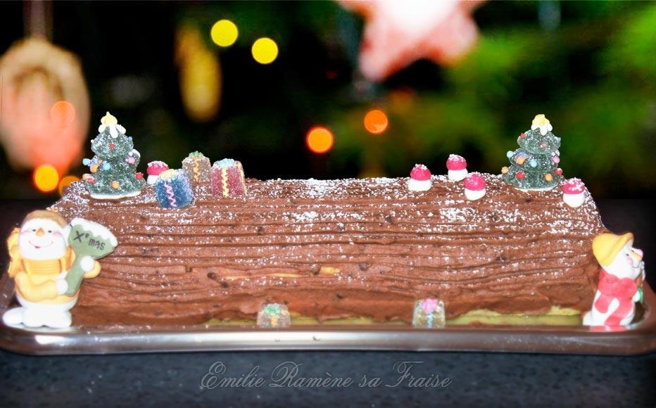 Bûche de Noël au chocolat et à la crème de marrons
