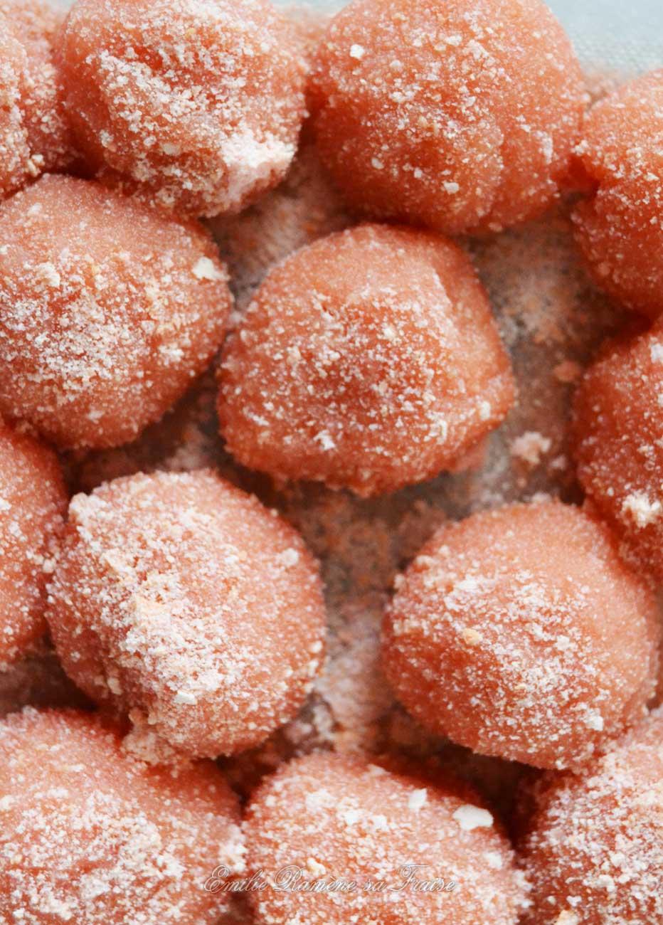 Les truffes aux biscuits roses et au Kirsch