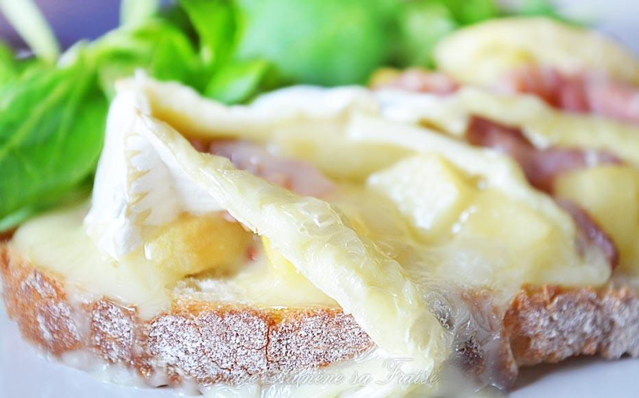 Bruschetta pommes et camembert