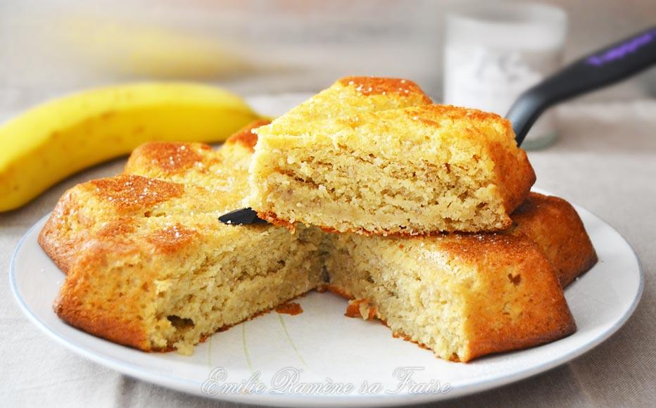 Gâteau moelleux à la banane et à la noix de coco