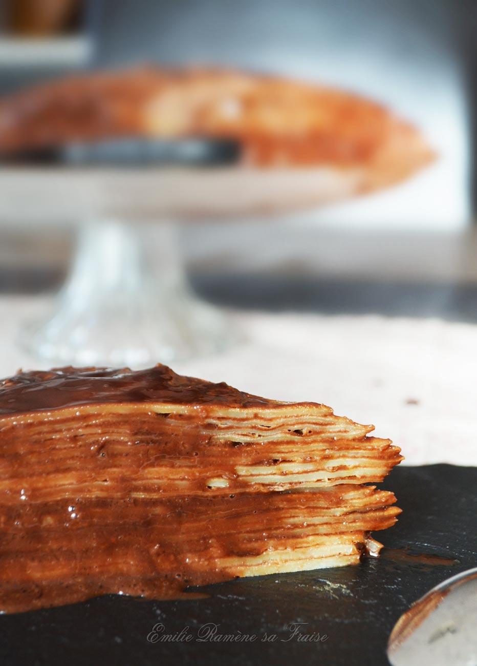 Gâteau de crêpes chocolat et crème de marrons
